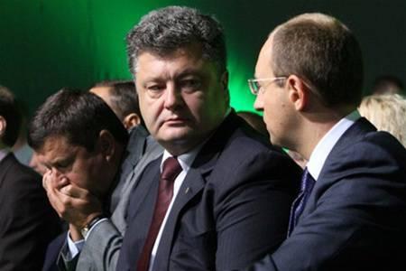 Кровавые кролики начали грызть друг друга... Юрий Баранчик: Отставка Яценюка означает многое...