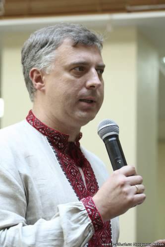 """从基辅世界汲取的教训:乌克兰教育与科学部呼吁学童和学生""""敲打""""""""分离主义者"""""""