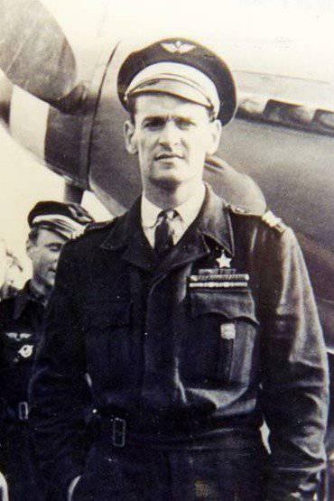 Marcel Albert - piloto francês, herói da União Soviética