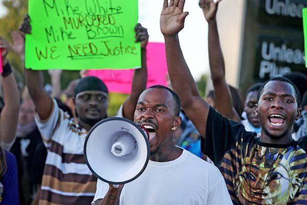 """""""ब्लैक इस्लाम"""": अमेरिकी सामाजिक-नस्लीय विभाजन धार्मिक द्वारा बढ़ गया"""
