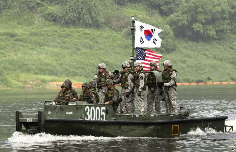 Южная Корея попросила США отложить совместные военные учения до завершения Олимпиады, чтобы не злить КНДР