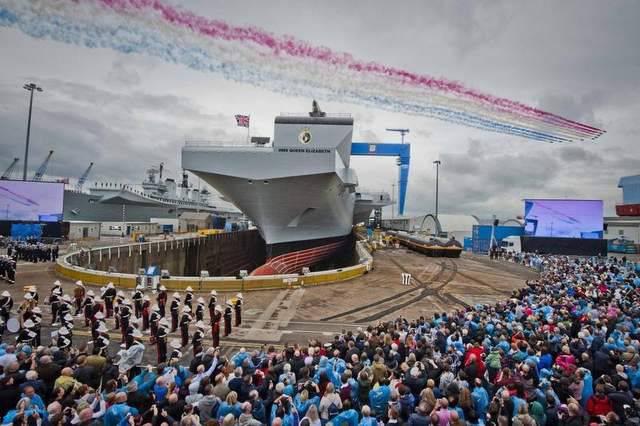 Премьер-министр Кэмерон: «Великобритания будет иметь два авианосца»