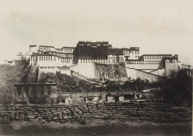 चीन का तिब्बती सवाल: क्या इसका कोई हल है?