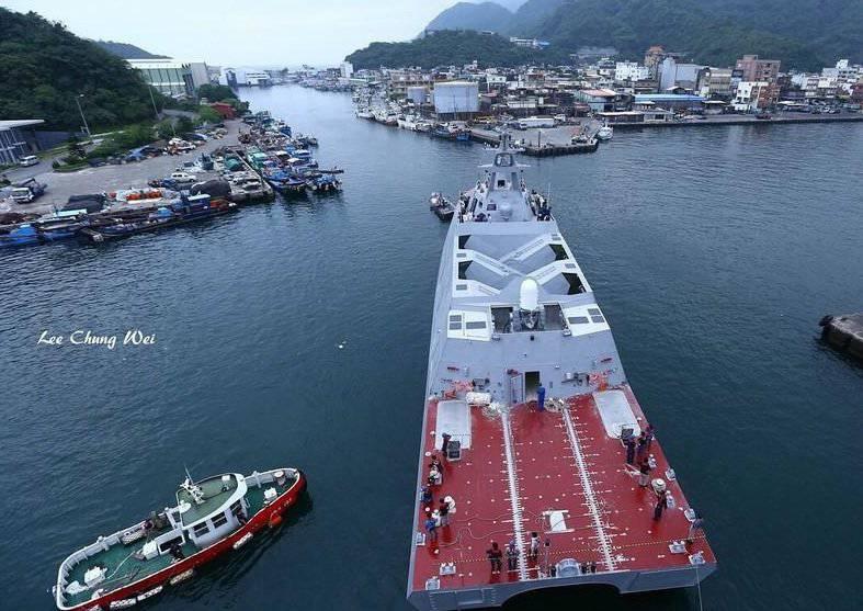 Il catamarano corvette taiwanese è andato ai test di fabbrica
