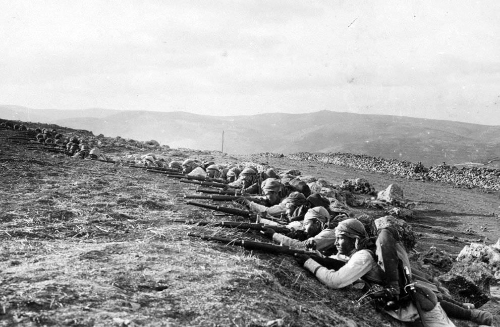 a history of the trench warfare in world war one a global conflict from 1914 to 1918 An history of the great war of 1914 to 1918 presented in internet format contains various articles and features from authors around the world please be aware this is a hi-bandwidth site.