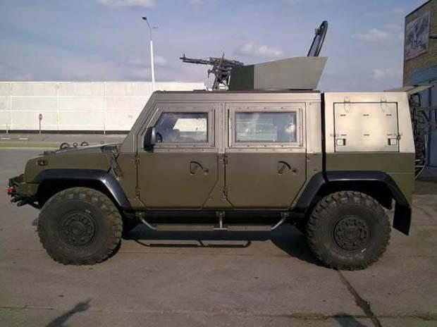 """SPM-1 """"Tiger"""" o Iveco LMV: ¿qué es un automóvil blindado italiano malo?"""