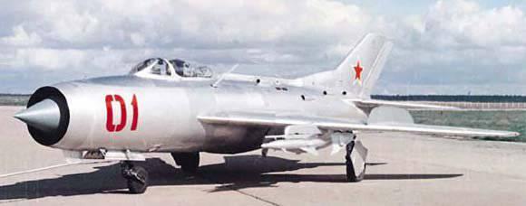 Конкуренты легендарного МиГ-21. Часть Четвертая. СМ-12. Лучшее враг хорошего