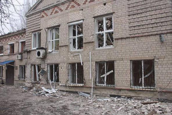 Бои на подступах к Донецку идут сразу на нескольких направлениях