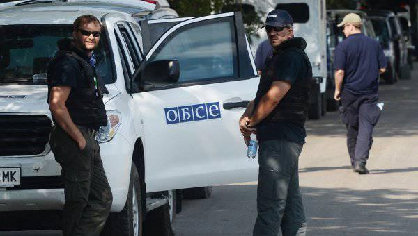 Наблюдатели ОБСЕ продолжают фиксировать передвижение тяжелого вооружения с украинской стороны