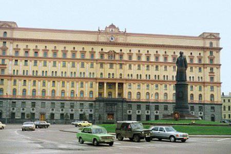 http://topwar.ru/uploads/posts/2014-11/1415981594_41-12-1.jpg