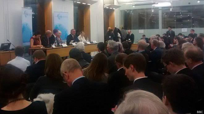 """""""Российские белоленточники"""" в британском парламенте призвали задавить Россию санкциями. Ждать ли симметричного ответа от Госдумы?"""