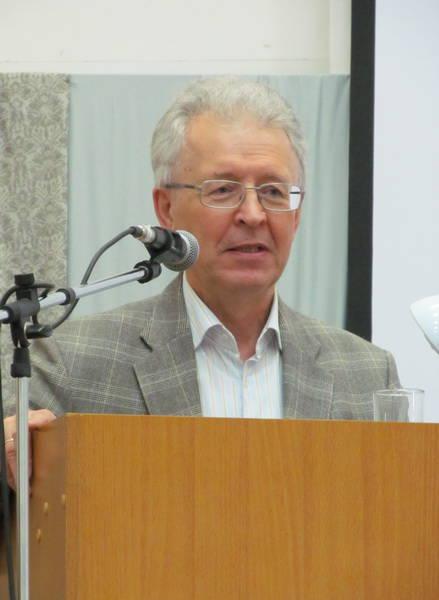 Валентин Катасонов: Центробанк не отказывается от валютных интервенций, чтобы продолжать финансировать США