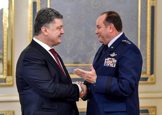 PoroshenkoはBreedloveにウクライナ軍の成功について語った