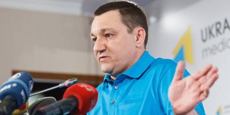 """यूक्रेनी मीडिया ने """"रूसी टैंकों के काफिले"""" और अन्य उपकरणों को रूसी संघ से सक्रिय रूप से सीमा पार करने की सूचना दी"""