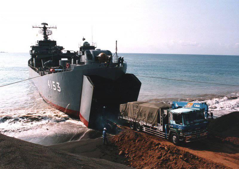 Десантные корабли Японии: вчера и сегодня