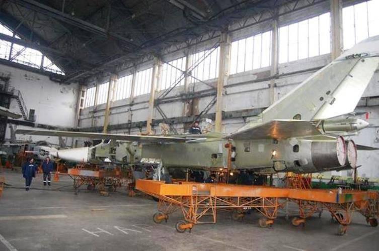 Nikolaev修理ウクライナSu-24