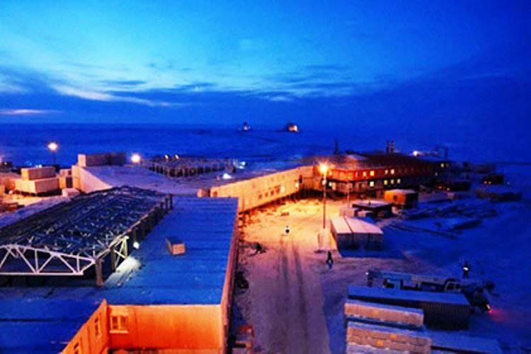 3軍事都市が北極圏で運用される