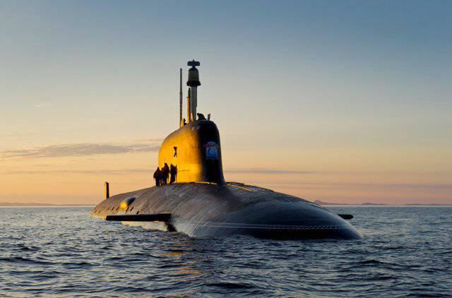 グラフィックスにおける新世代潜水艦の建設