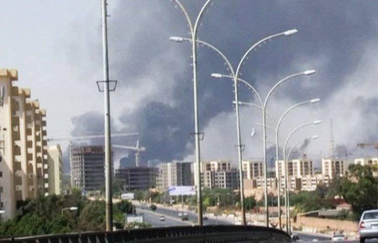 リビア軍は、トリポリに対抗攻撃を開始しました