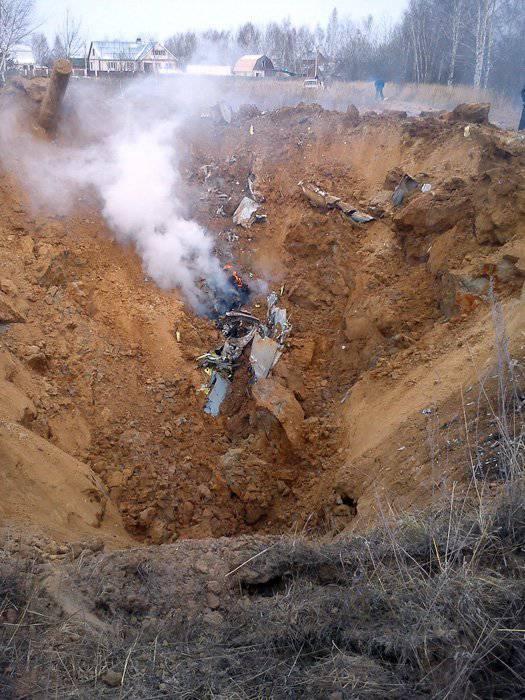 Sklifosovsky Research Institute में, उपनगरीय इलाके में दुर्घटनाग्रस्त हुए मिग-29 फाइटर के पायलटों में से एक की मौत हो गई।