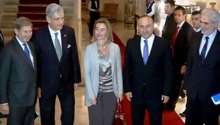 यूरोपीय संघ रूसी संघ के खिलाफ तुर्की की स्थापना करने में विफल है