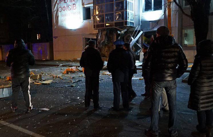 オデッサの中心部で強力な爆発が雷鳴