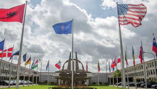 NATO:ロシアの行動により、東側の同盟軍事活動は激化している