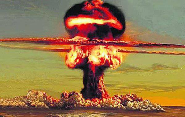 """संयुक्त राज्य अमेरिका से, यूक्रेन ने फिर घोषणा की कि """"यूक्रेनी परमाणु हथियार"""" यूक्रेन का अंत है"""