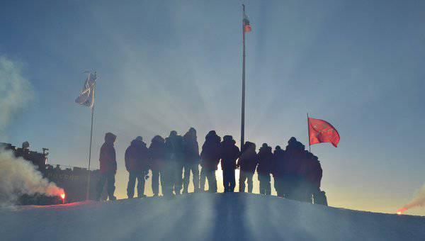 10の数千の監視員がロシアの北極海沿岸で働いています