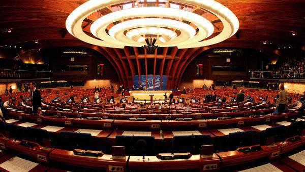 पेस प्रतिनिधि रूसी प्रतिनिधिमंडल के खिलाफ प्रतिबंधों को उठाने का समर्थन करते हैं