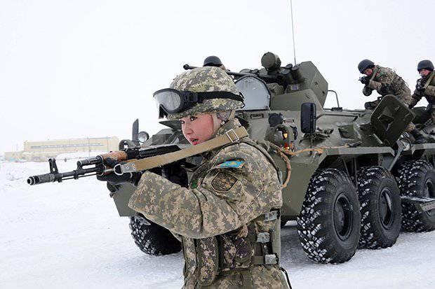 कजाकिस्तान की सशस्त्र सेना में महिलाएँ (फोटो)