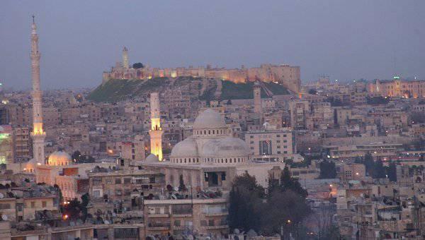 シリア軍はアレッポ市を指輪に入れた