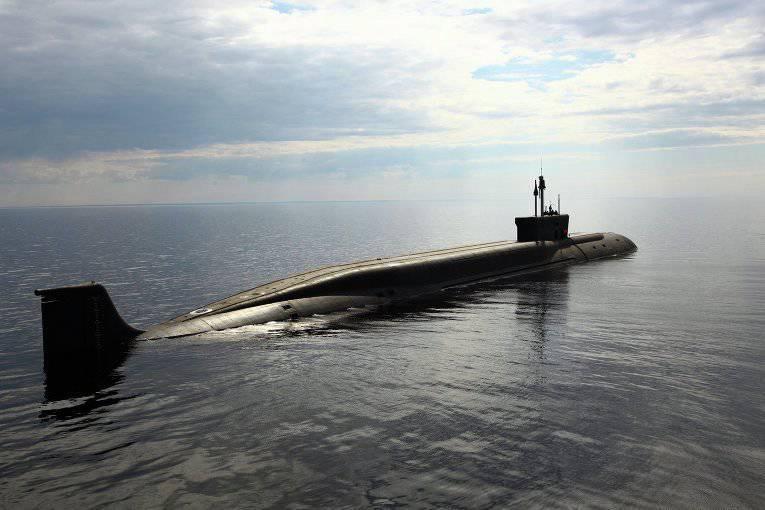 将来の潜水艦は2船体と水中無人偵察機を持っているでしょう