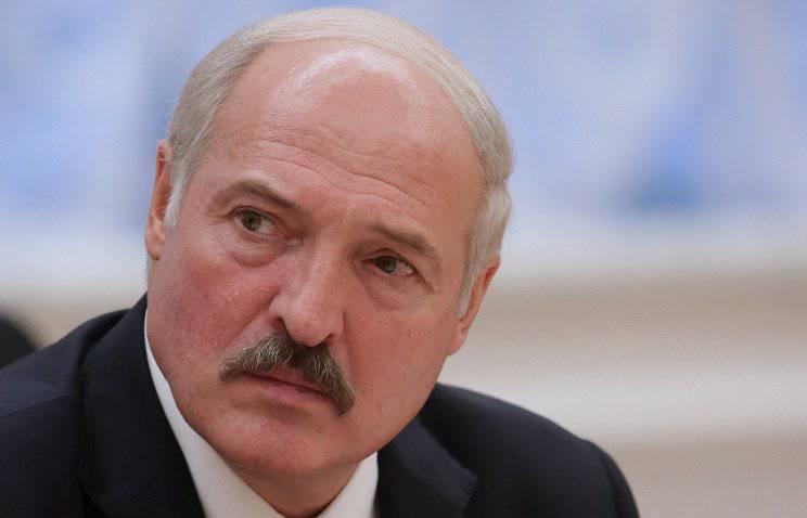ルカシェンカ:たとえそれが兄弟的な国であっても、私たちはいつでも1人のロシアに祈ることはできません