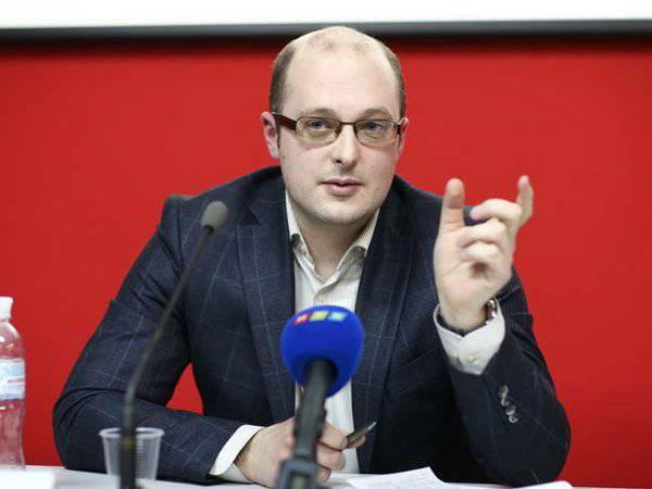 ミハイル・レミゾフ:西側は、ロシアがウクライナ問題で顔を救うことを許可しない
