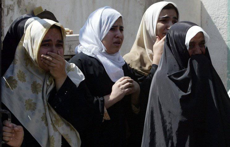 イスラム国家の戦闘機が150イラクの女性を殺害