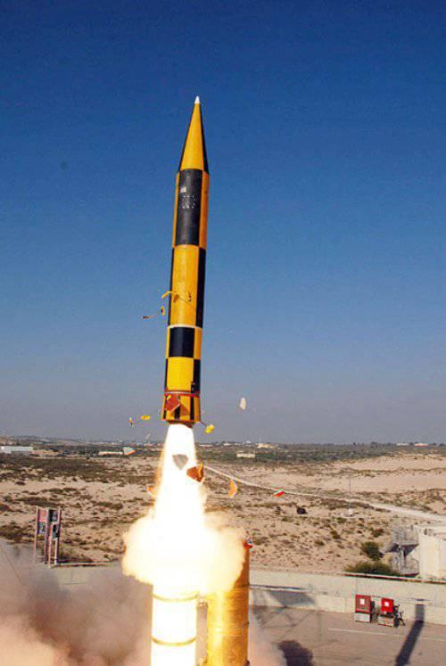 """इज़राइल में, एक परीक्षण मिसाइल रक्षा का आयोजन किया """"स्ट्रेला-एक्सएनयूएमएक्स"""""""
