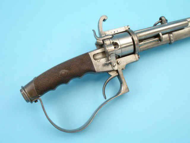 Шпилечный револьвер — сабля