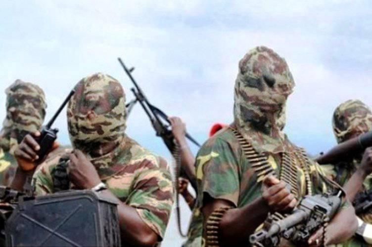ナイジェリアでは、50人以上の兵士がイスラム教徒と戦うことを拒否したために撃たれています。