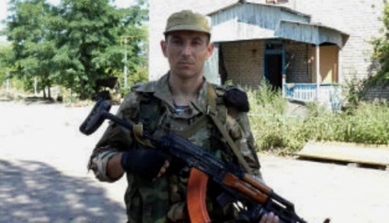 カザフスタンの市民はウクライナの紛争に参加して5年を受けました
