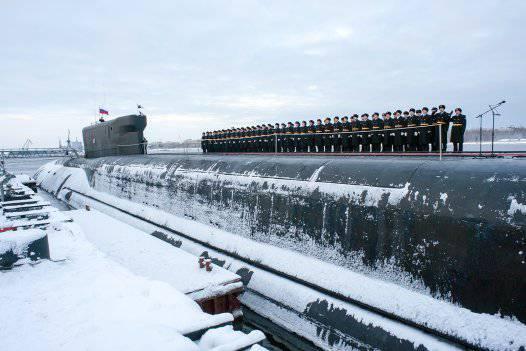 ロシア海軍のランクで潜水艦「ウラジミールMonomakh」