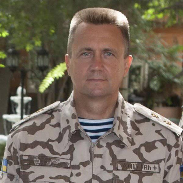 ウクライナ海軍提督は、徴兵をウクライナ軍に戻すというTurchinovの考えを批判した