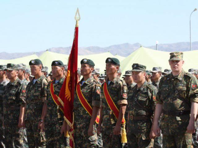 ロシア国防省、キルギス軍の近代化を支援
