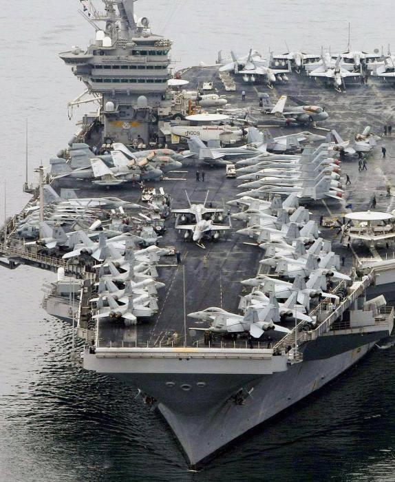 क्या रूसी बेड़ा अमेरिकी नौसेना के विमान वाहक से लड़ने में सक्षम है?