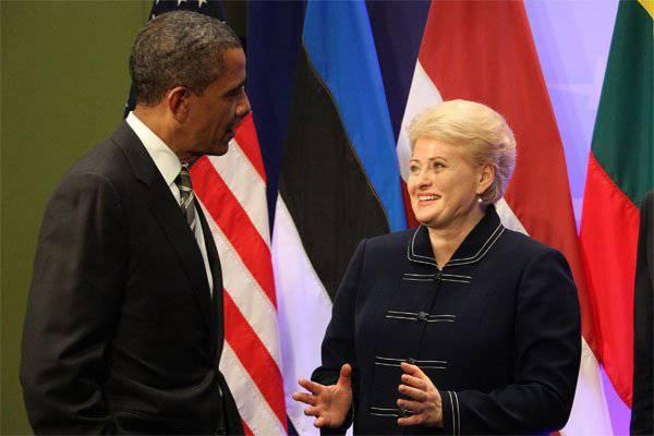 Grybauskaiteは、彼女がオバマ氏の例に従い、そして勝利パレード2015のためにモスクワに行くつもりはないと言いました