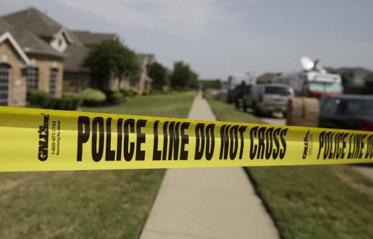 セントルイスの警察によって撃たれた別の黒い男の子