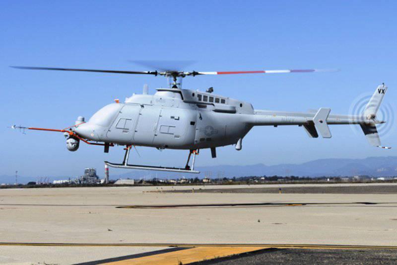 अमेरिकी मानवरहित हेलीकॉप्टर ने पहली बार एक जहाज के डेक से उड़ान भरी