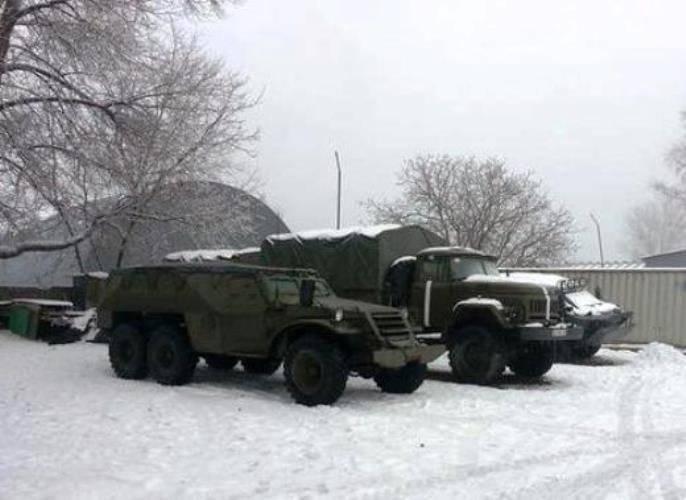 ATOゾーンに珍しい装甲車が登場 -  BTR-152