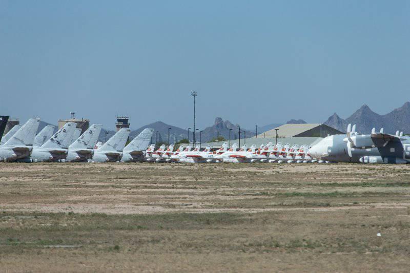 База Дэвис-Монтейн,хранилище самолетов ч.3