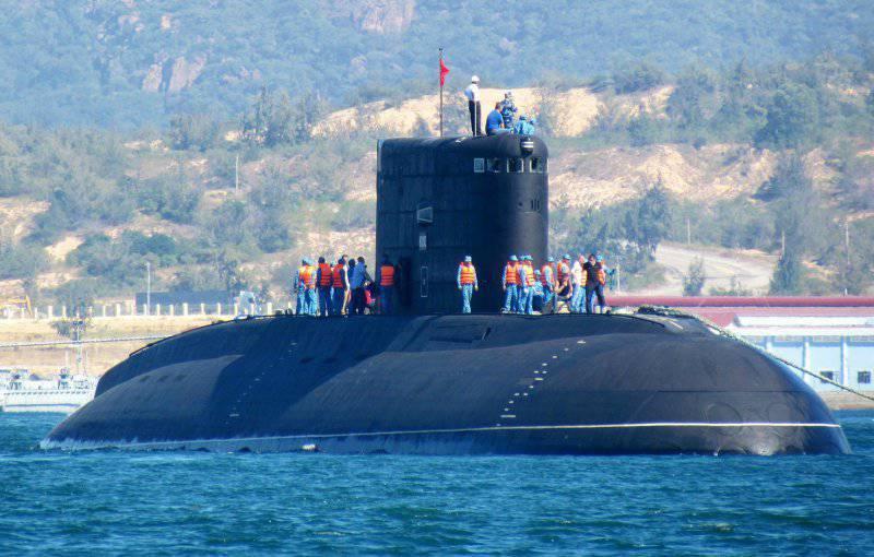 Пятая подлодка для Вьетнама спущена на воду